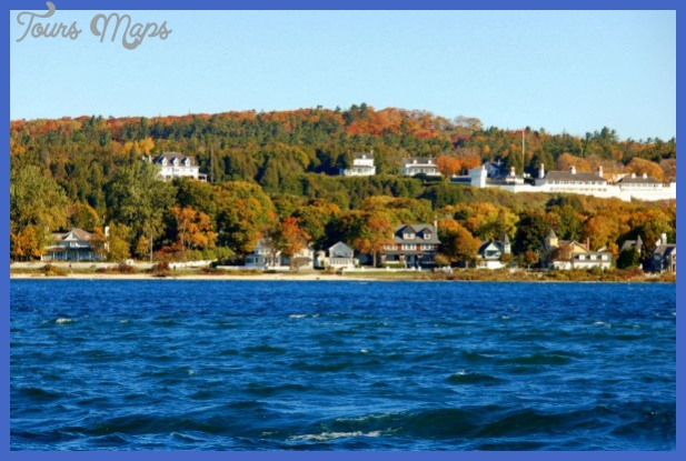 Mackinac Island Lake, Michigan Vacations Image - Mackinac Island ...