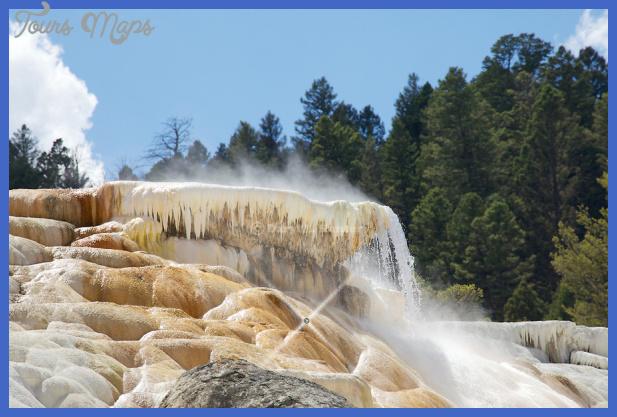 black water and travertine yellowstone 3 Black Water and Travertine Yellowstone