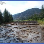 ... Cody that leads to the East Entrance of Yellowstone. The road has