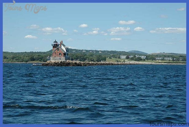 Rockland Breakwater - Rockland Maine Sightseeing Attractions