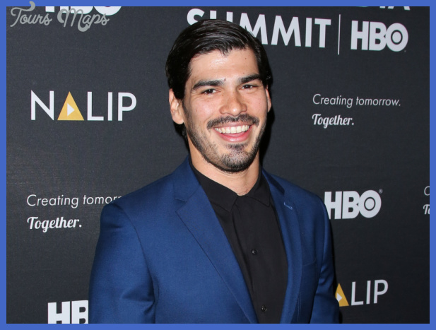 VL 10: Raúl Castillo – 'Latinos Love To Watch Authentic ...