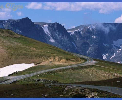 Beartooth National Scenic Byway, approaching Beartooth Pass.