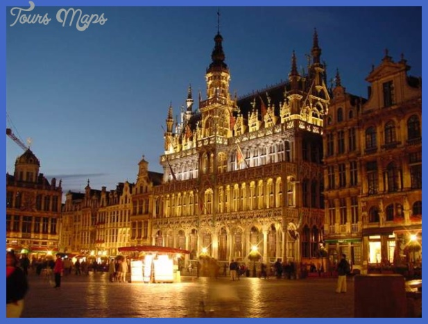 travel to brussels - main-square-in-brussels-belgium