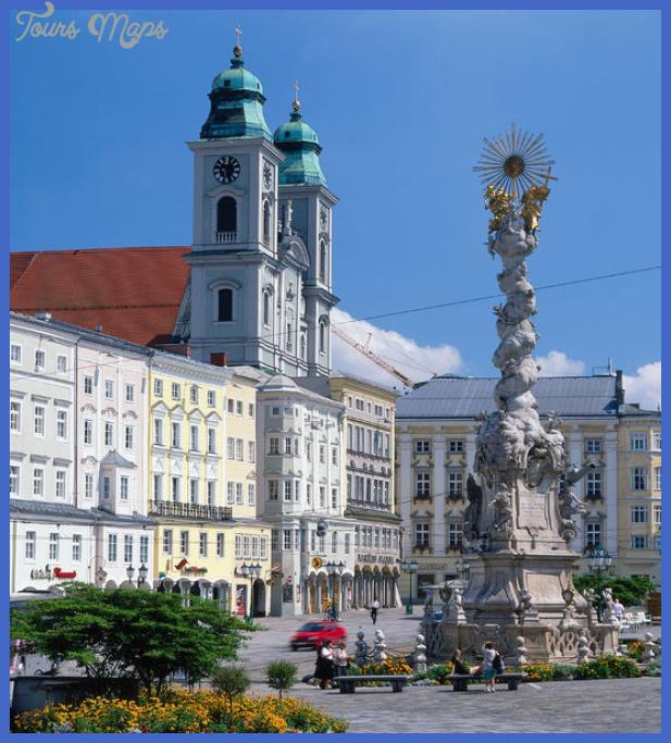 Dreifaltigkeitssäule am Linzer Hauptplatz