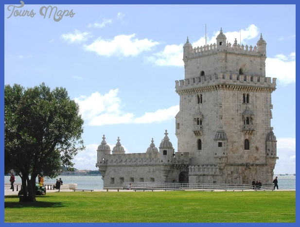 Lisbon Travel Guide - GoExplo