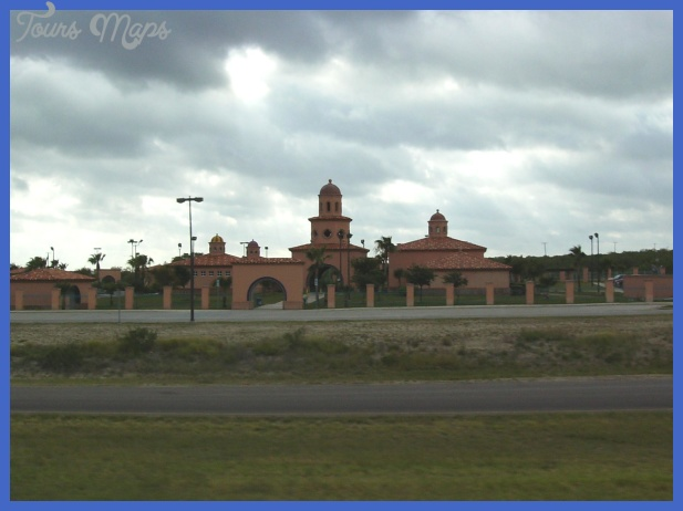 File:Texas Travel Information Center -Laredo.jpg - Wikipedia, the free ...