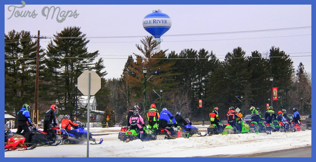 Top 4 Wisconsin Northwoods Snowmobile Destinations | Travel Wisconsin