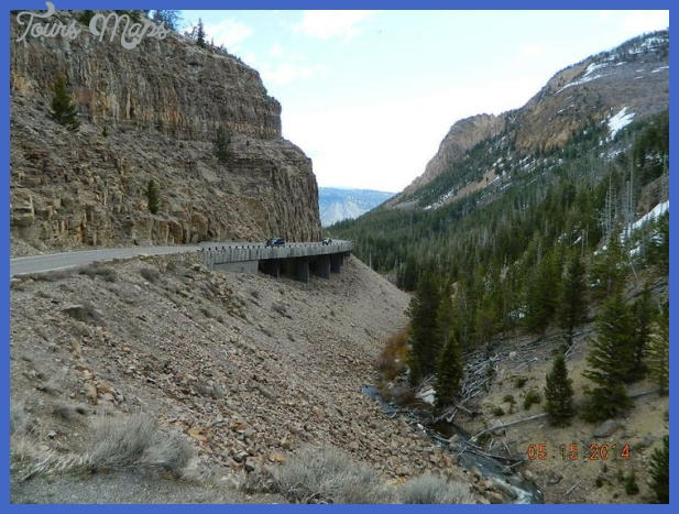 yellowstone east entrance 12 Yellowstone: EAST ENTRANCE