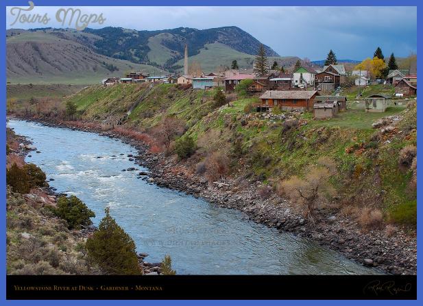 YellowstoneRiver_GardinerMontana_6134