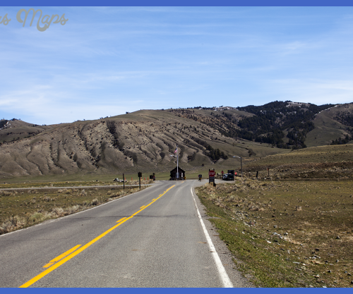 Yellowstone National Park North Entrance ~ Yellowstone Up Close and ...