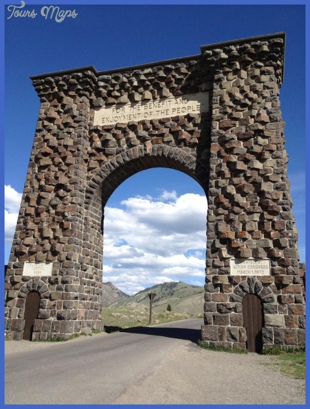 yellowstone north entrance 5 Yellowstone: NORTH ENTRANCE