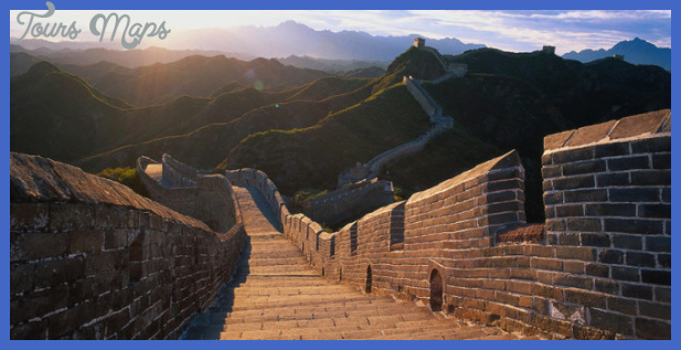 great wall off china 660x330 Best foreign country to visit