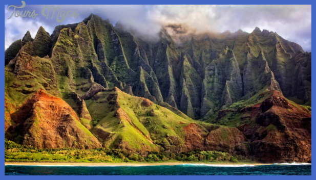 kauai hawaii photo by randy dietmeyer 740x415 Places to see in Hawaii