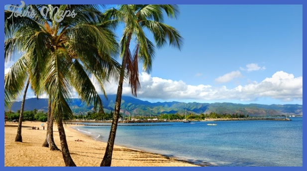 11 great placeshonoluluhwaiibeach 8162012 115918 panoramic Best place in Hawaii for vacation