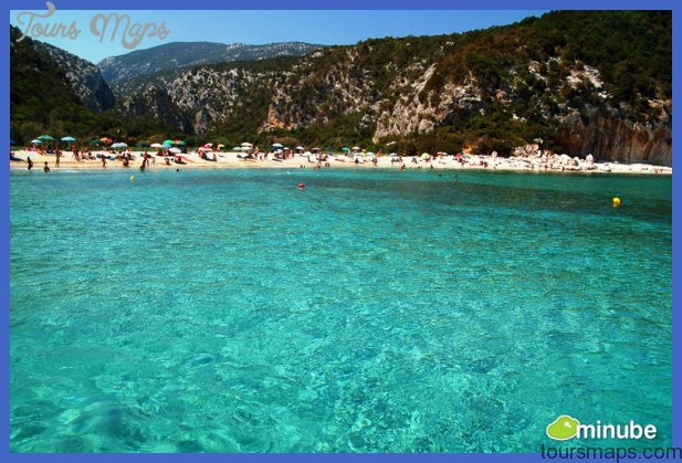 2013 07 16 sardinianaxos Best places to go for summer vacation in USA
