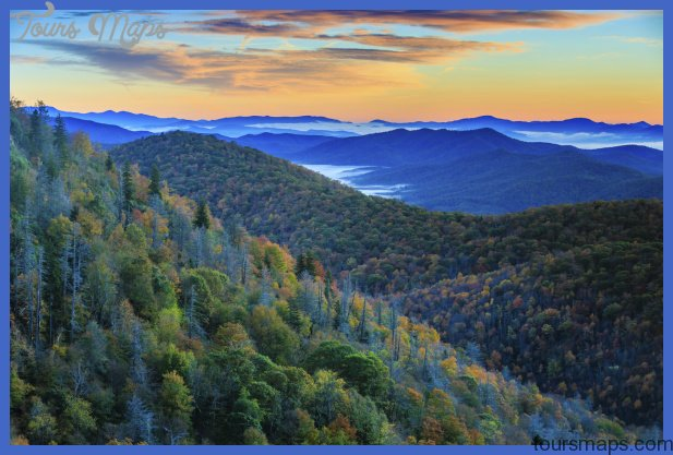 blue ridge mountains at sunrise 000051660082 medium Best summer destinations USA