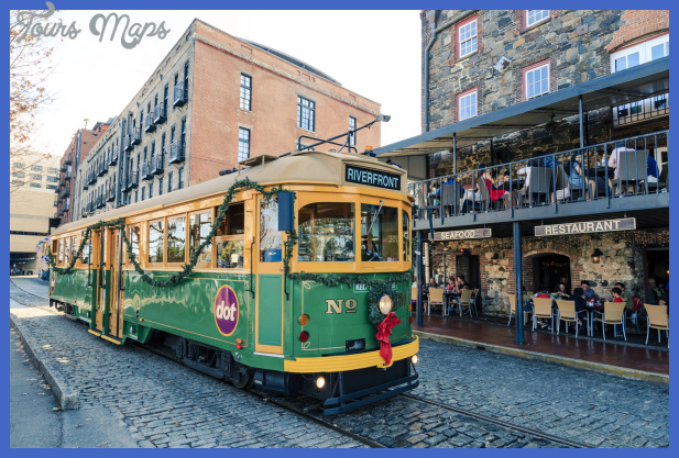 savannah riverfront with streetcar 000055595218 medium Best summer destinations USA