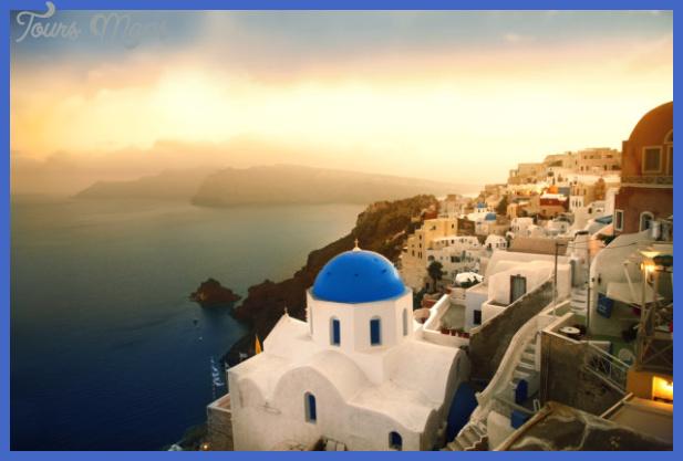 z10329094qsantorini zachod slonca grecja Best summer destinations in the US