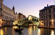 Venice_Italy3_Rialto_Bridge_Grand_Canal2.jpg