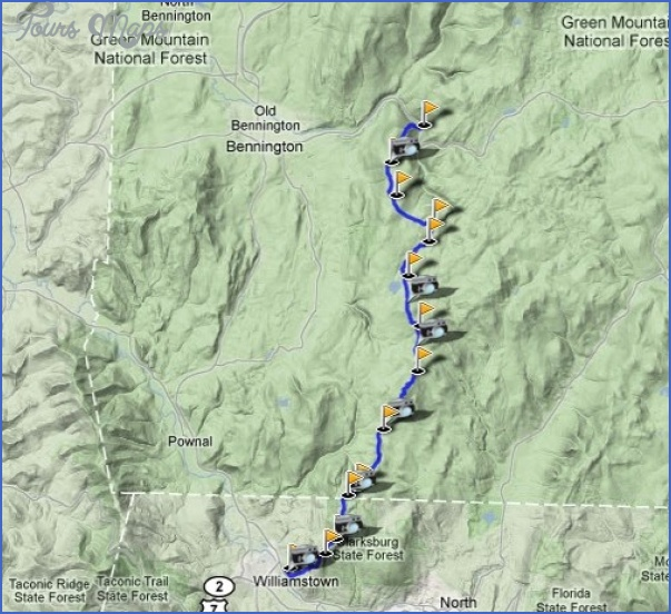 THE LONG TRAIL MAP VERMONT - ToursMaps.com ®