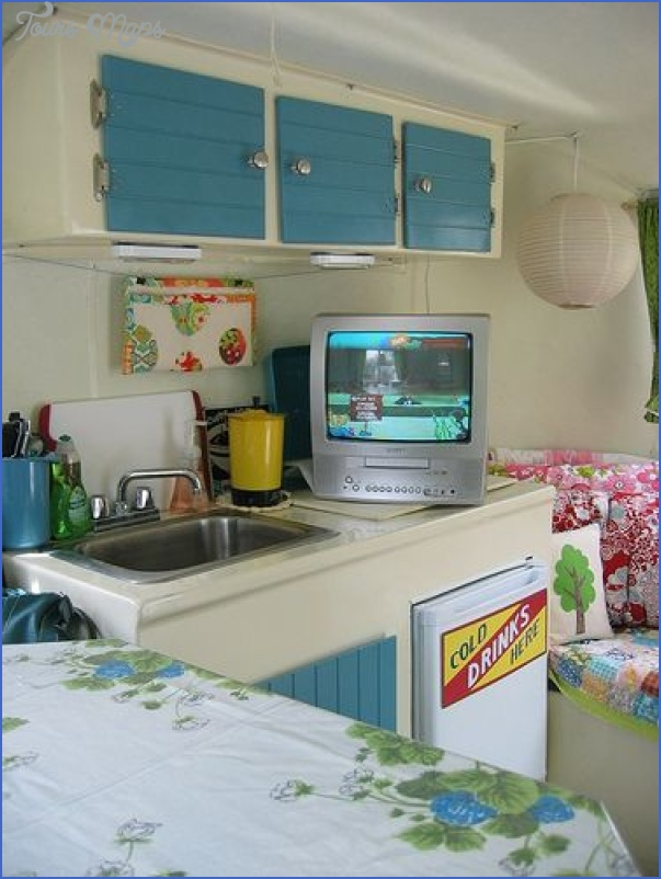 Chinese travel trailer_37.jpg