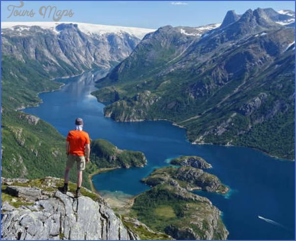 helgeland hiking rodoy norway 2 1 c3ea0777 bf05 4677 98ca a6028c3d0564 NORWAY