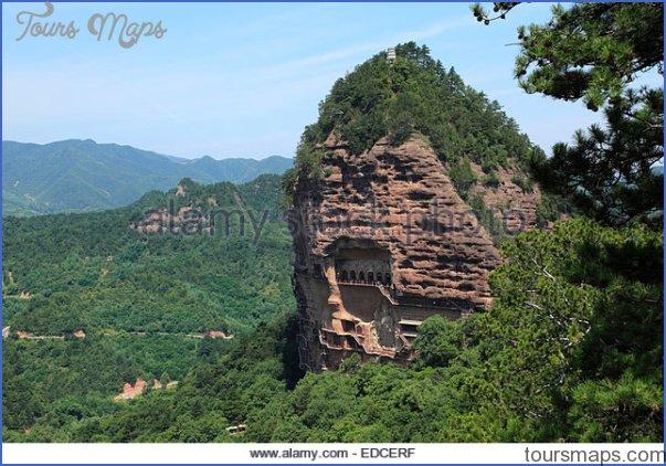 maijishan-grottoes-tianshui-gansu-japan-edcerf.jpg