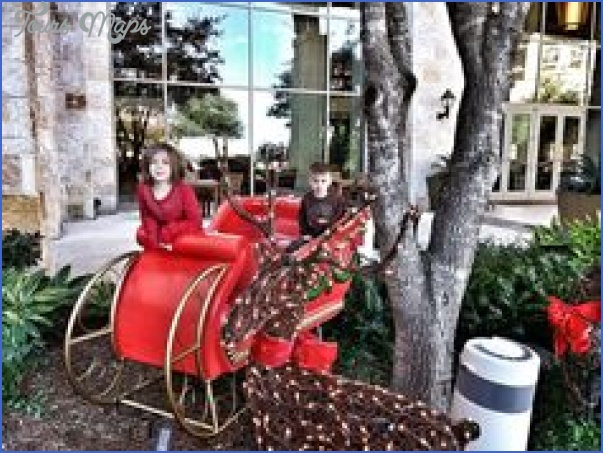 nothing like san antonio for the holidays 6 Nothing Like San Antonio for the Holidays