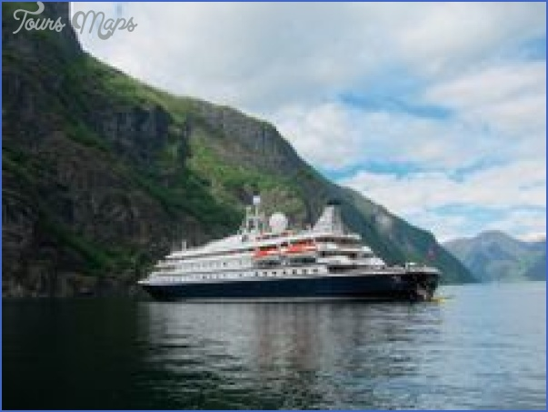 seadream yacht club cruises travel guide 9 SEADREAM YACHT CLUB CRUISES TRAVEL GUIDE