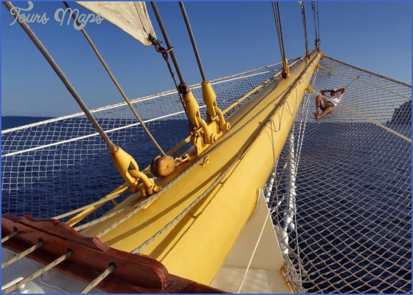 star clippers cruises travel guide 4 STAR CLIPPERS CRUISES TRAVEL GUIDE