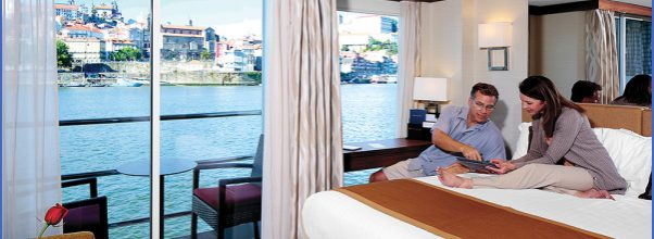 STAYING IN TOUCH FOR CRUISE TRAVEL_4.jpg