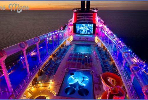 THE best SHIPS FOR NIGHTTIME ENTERTAINMENT CRUISE TRAVEL_8.jpg