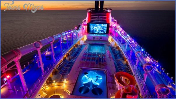 the best ships for nighttime entertainment cruise travel 8 THE best SHIPS FOR NIGHTTIME ENTERTAINMENT CRUISE TRAVEL