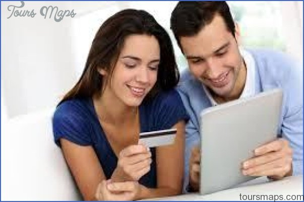 Why is online shopping better than store shopping? Best benefits of online shopping_4.jpg