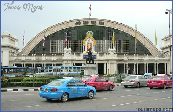 Hua Lamphong Railway Station is the Main Railway Station in Bangkok Hualamphong Train Station_3.jpg