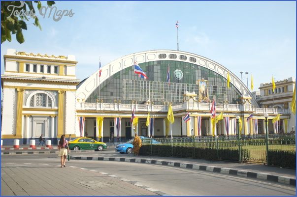 Hua Lamphong Railway Station is the Main Railway Station in Bangkok Hualamphong Train Station_8.jpg