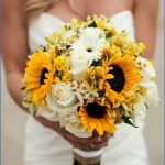 Wedding Flowers & Bouquet Ideas_17.jpg