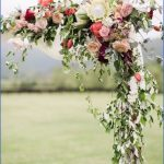 Wedding Flowers & Bouquet Ideas_7.jpg