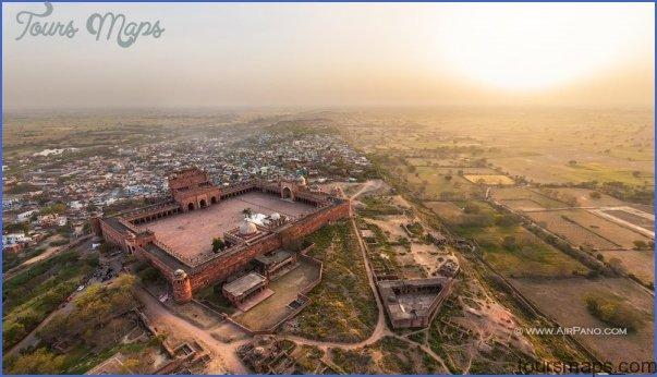 Fatehpur Sikri India_6.jpg