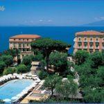 Honeymoon in Grand Hotel Excelsior Vittoria_1.jpg