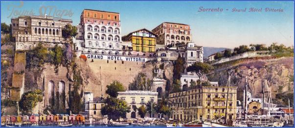 Honeymoon in Grand Hotel Excelsior Vittoria_12.jpg
