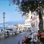 Honeymoon in Grand Hotel Excelsior Vittoria_8.jpg