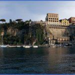 Honeymoon in Grand Hotel Excelsior Vittoria_9.jpg