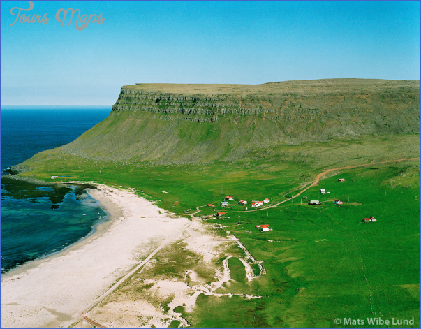 Hvallatur Island_13.jpg