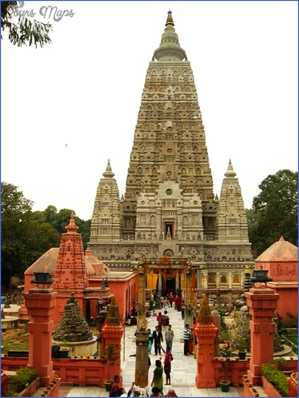 Mahabodhi Temple India_1.jpg