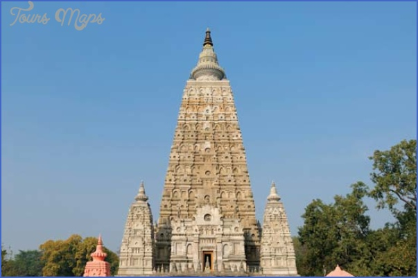Mahabodhi Temple India_10.jpg