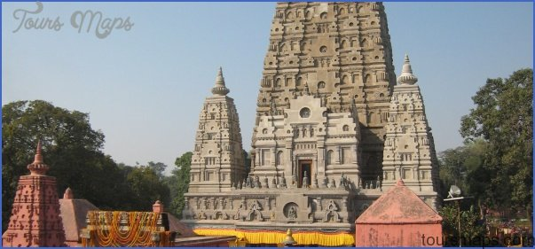 Mahabodhi Temple India_5.jpg