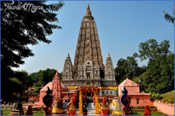 Mahabodhi Temple India_8.jpg