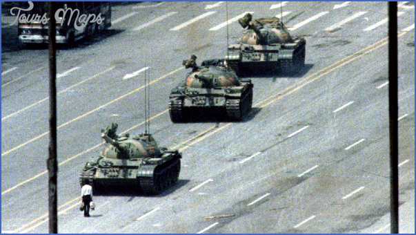 Tiananmen Square China_7.jpg