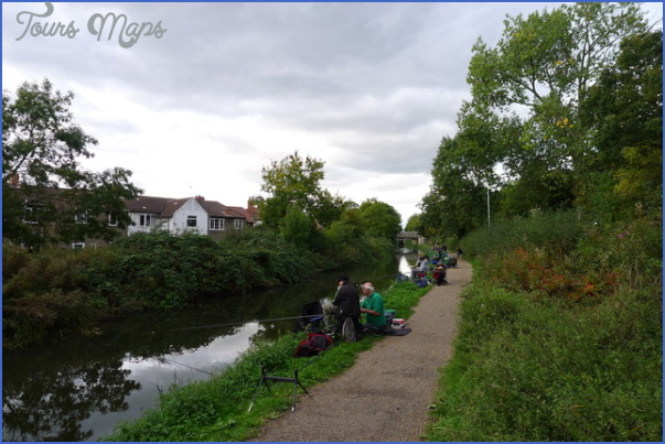 chesterfield canal fishing 10 Chesterfield Canal Fishing